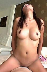 Mo big tits